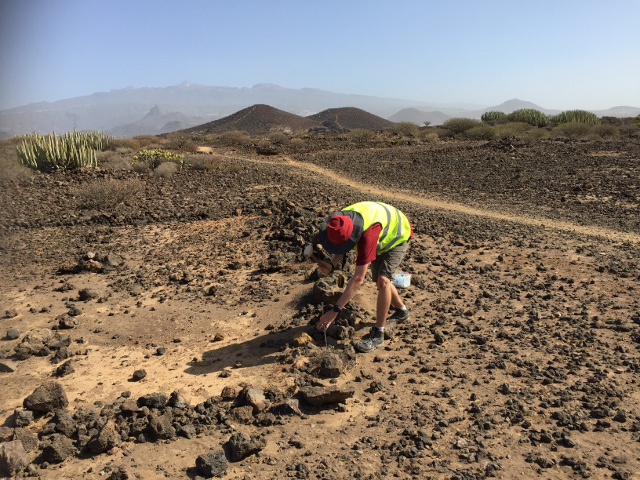 Diffuse CO2 degassing monitoring, Tenerife NERZ volcano